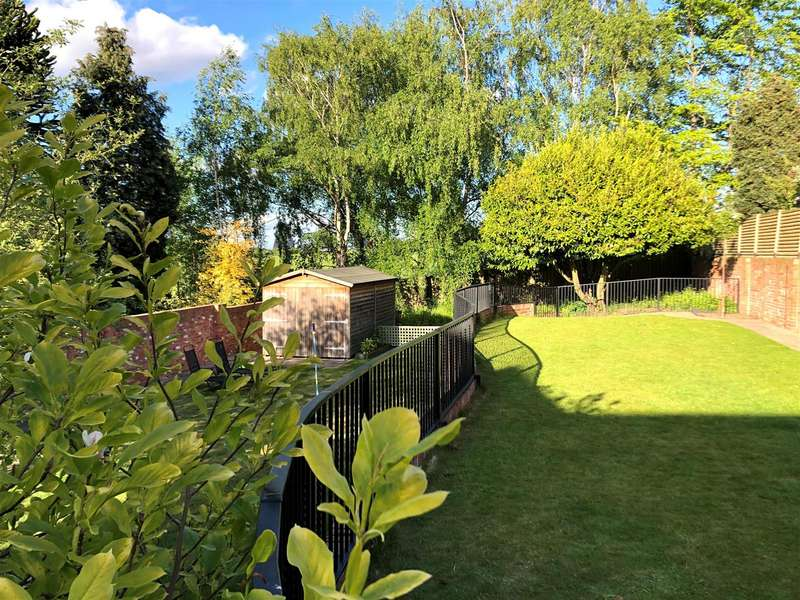 4 Bedrooms Detached House for sale in Spittal Hardwick Lane, Pontefract
