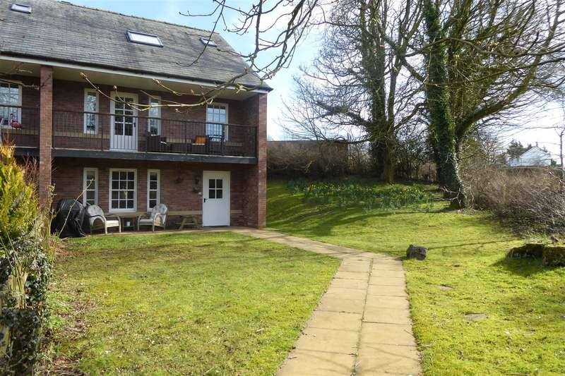 3 Bedrooms Property for sale in Strawberry How, Cockermouth