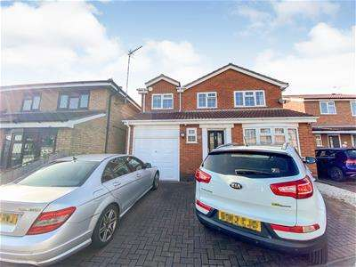 4 Bedrooms Detached House for sale in Bedford Drive, Groby, Leicester