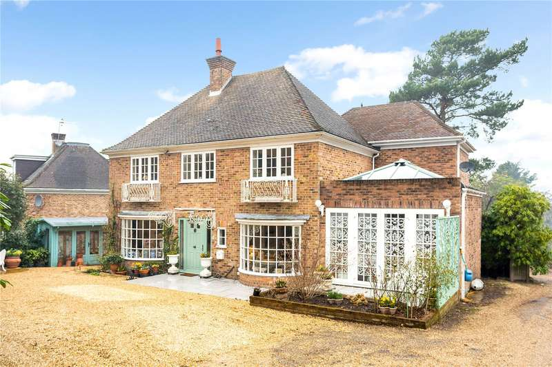 4 Bedrooms Detached House for sale in Broadwater Court, Broadwater Down, Tunbridge Wells, Kent, TN2