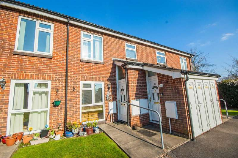 1 Bedroom Maisonette Flat for sale in Constable View, Springfield, Chelmsford