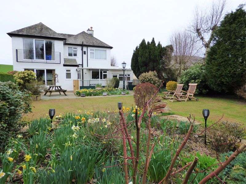 4 Bedrooms Property for sale in Carus Park,