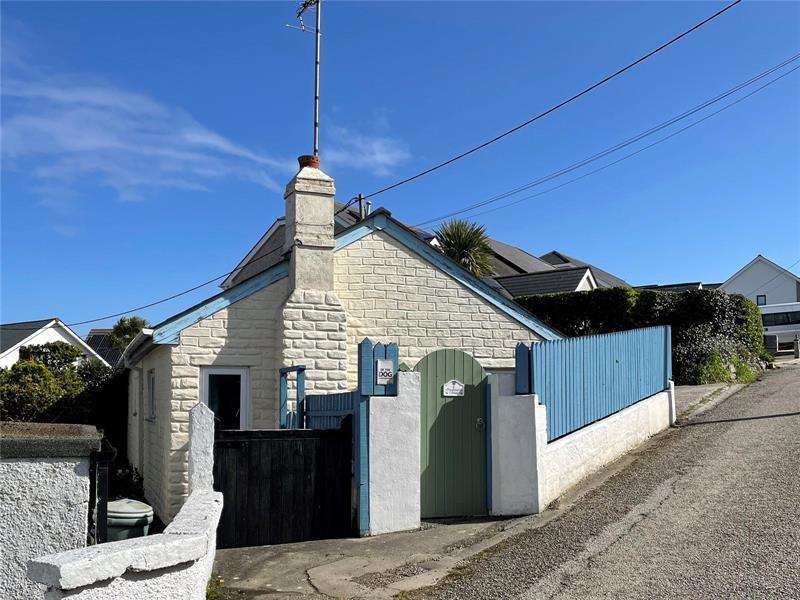 2 Bedrooms Bungalow for sale in St. Michaels Road, Perranporth, TR6