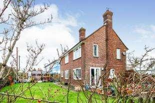 3 Bedrooms Detached House for sale in Johns Cross Road, Robertsbridge, East Sussex, .