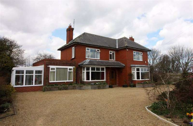 4 Bedrooms Detached House for sale in Rolston, Hornsea, East Yorkshire