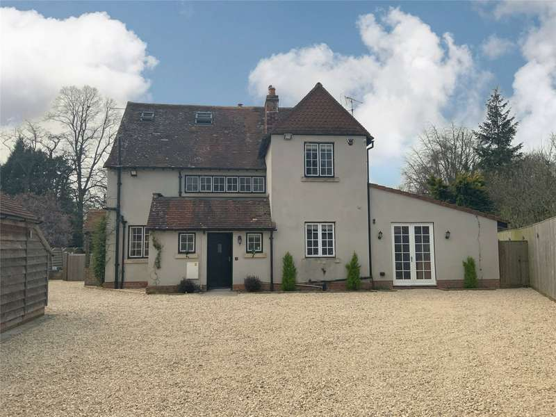 4 Bedrooms Detached House for sale in 2 The Fairway, Devizes, Wiltshire, SN10
