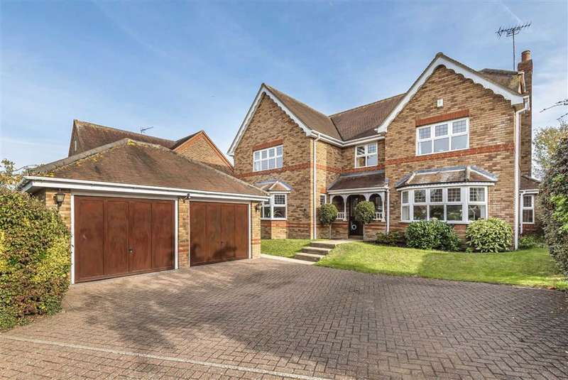 5 Bedrooms Detached House for sale in Great Groves, Goffs Oak, Herts