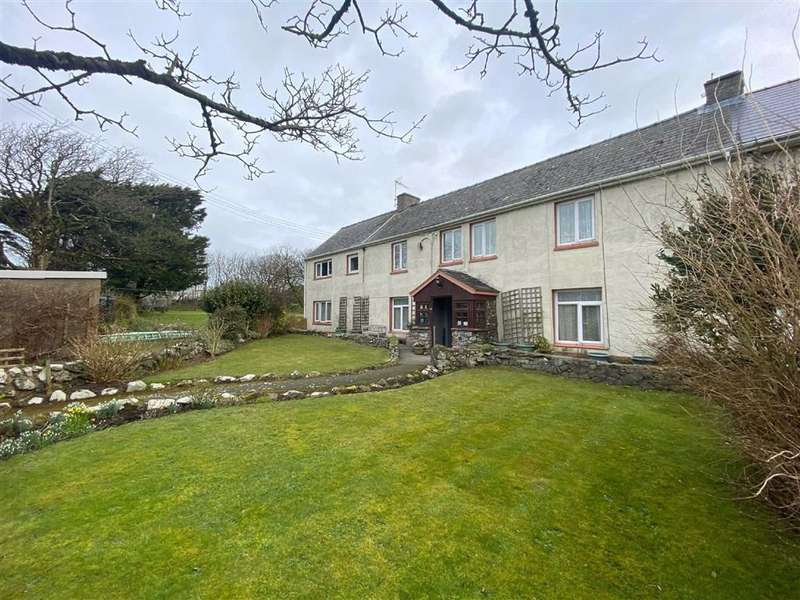 7 Bedrooms Semi Detached House for sale in Croesgoch, Haverfordwest