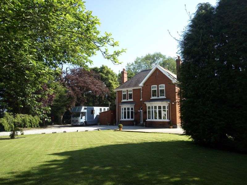 5 Bedrooms Property for sale in Goole Road, Doncaster
