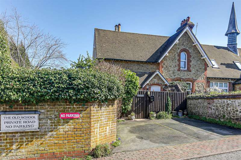 2 Bedrooms House for sale in High Street, Brasted