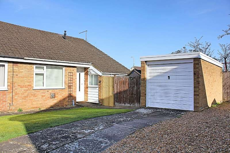 2 Bedrooms Semi Detached Bungalow for sale in Dulverton Close, Wigston