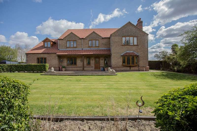 6 Bedrooms Detached House for sale in North Road, Gedney Hill, Spalding, Lincolnshire. PE12 0NX