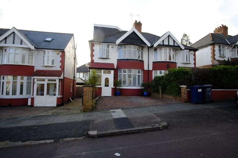 4 Bedrooms Property for sale in Lyndhurst Avenue, London