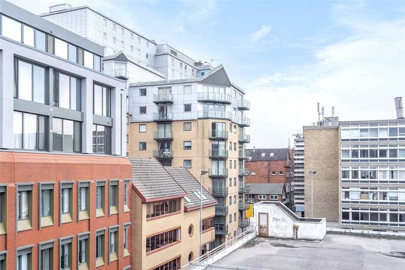 1 Bedroom Apartment Flat for sale in Projection West, Merchants Place, Reading, Berkshire, RG1