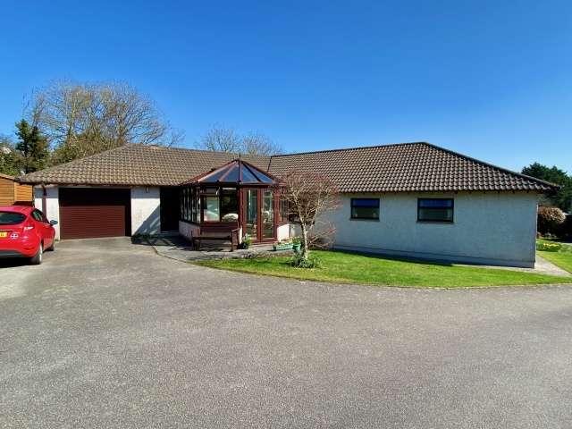 4 Bedrooms Bungalow for sale in Wadebridge