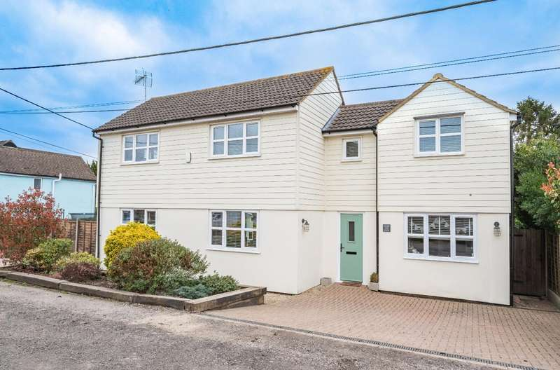 4 Bedrooms Detached House for sale in The Chase, Barnston