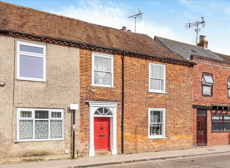 3 Bedrooms Semi Detached House for sale in Winchester Street, Whitchurch