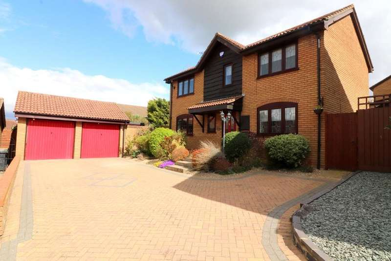 4 Bedrooms Detached House for sale in Ryefield, Luton, Bedfordshire, LU3 4DJ