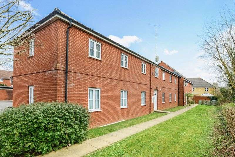 2 Bedrooms Property for sale in North Fields, Sturminster Newton, DT10