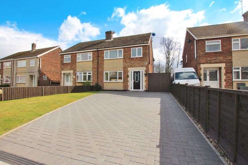3 Bedrooms Property for sale in Spruce Lane, Ulceby