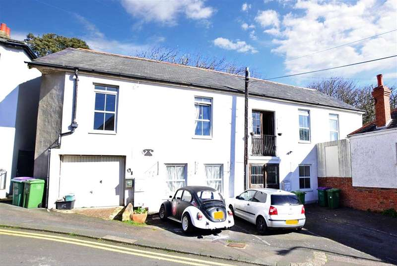 6 Bedrooms Detached House for sale in The Crescent, , Sandgate, Folkestone, Kent