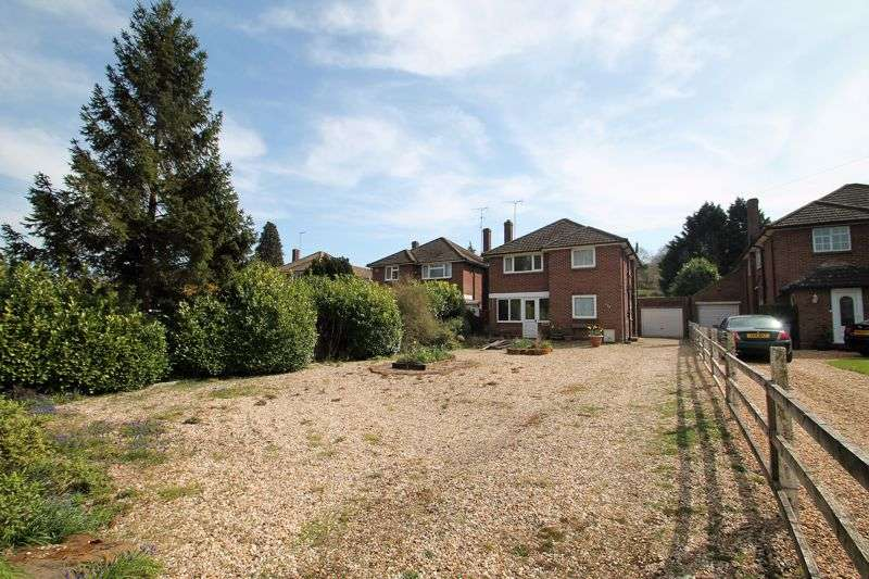 3 Bedrooms Property for sale in Knolls View, Totternhoe, Bedfordshire