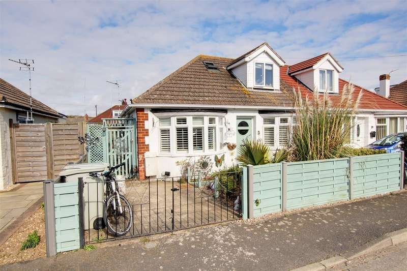 3 Bedrooms Semi Detached Bungalow for sale in Long Acre, Mablethorpe