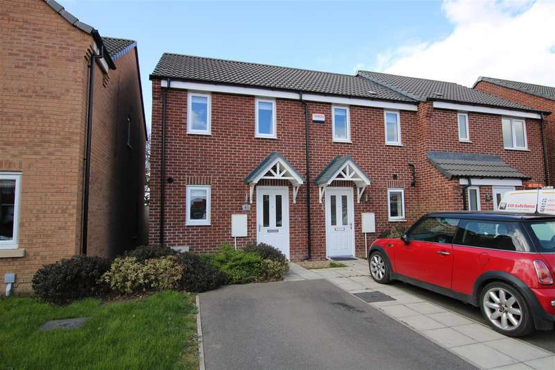 2 Bedrooms Town House for sale in Furnace Close, North Hykeham, Lincoln