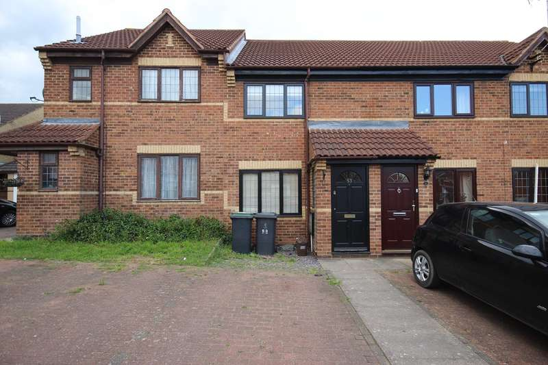 2 Bedrooms Terraced House for rent in The Meadows, Flitwick, MK45