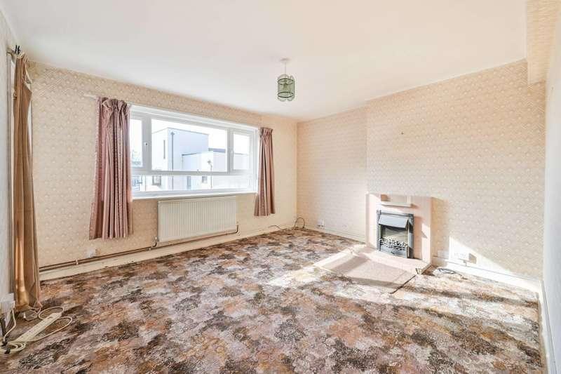 3 Bedrooms Flat for sale in Lordship Terrace, Stoke Newington, N16