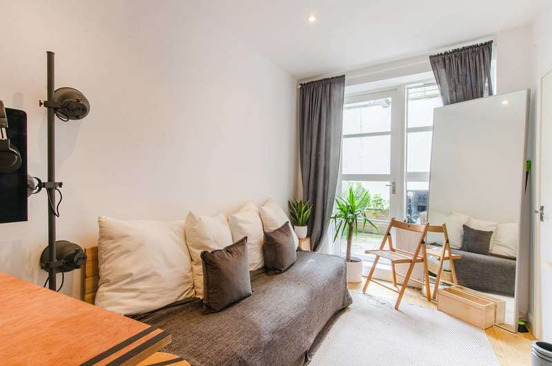 Studio Flat for sale in Bethwin Road, Camberwell, SE5