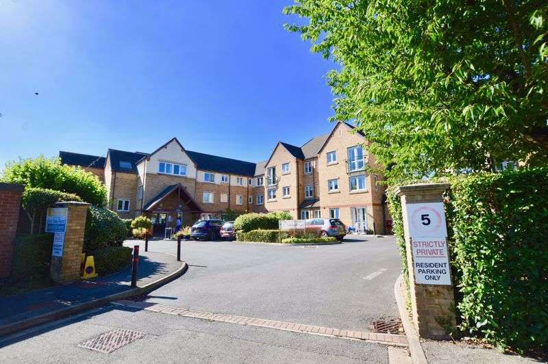 1 Bedroom Property for sale in Blackstones Court, St. Georges Avenue, Stamford
