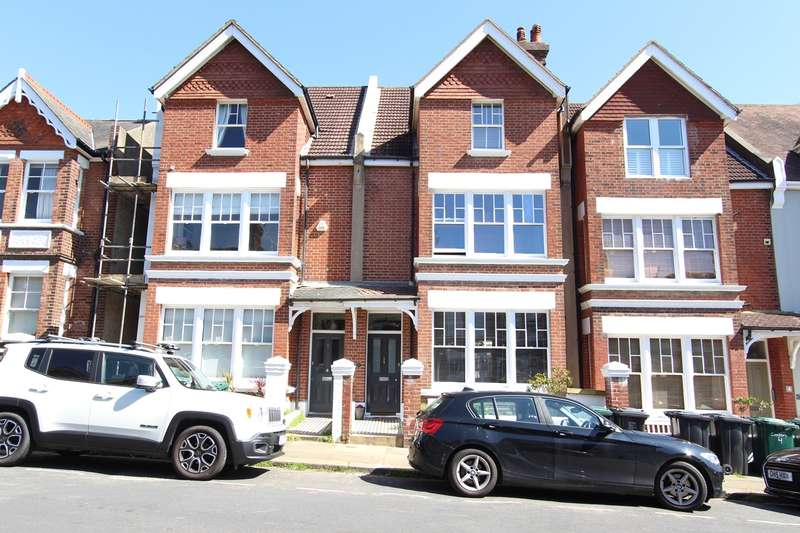 6 Bedrooms Terraced House for sale in Cissbury Road, Hove, BN3