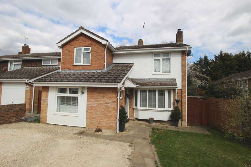 4 Bedrooms Detached House for sale in Foster Road, Great Totham