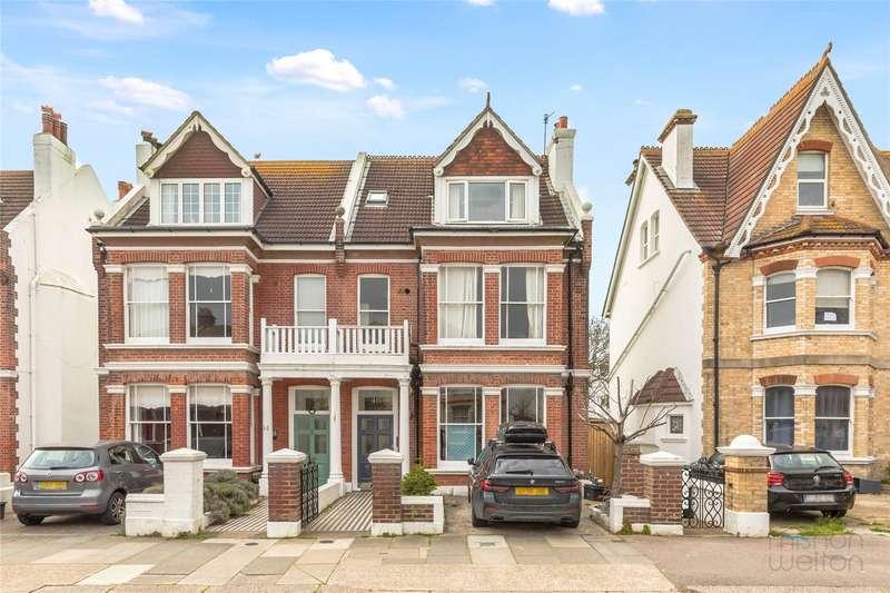 3 Bedrooms Maisonette Flat for sale in Sackville Gardens, Hove, East Sussex, BN3