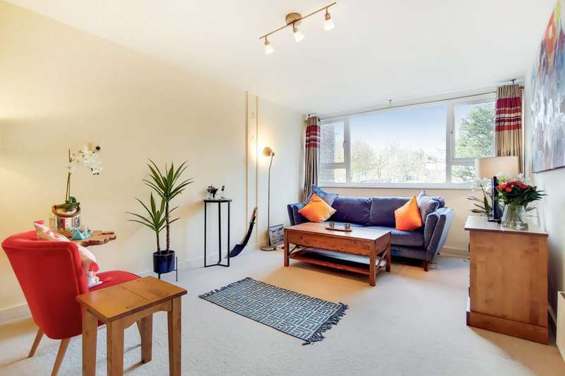 2 Bedrooms Flat for sale in Melrose Road, Southfields, SW18