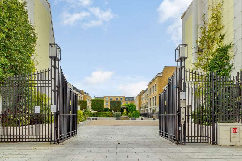 4 Bedrooms House for sale in Rainsborough Square, London