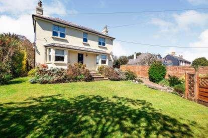 3 Bedrooms Detached House for sale in Buckfastleigh, Devon, .