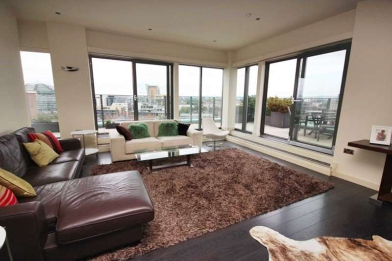 4 Bedrooms Apartment Flat for rent in Church Street, Manchester