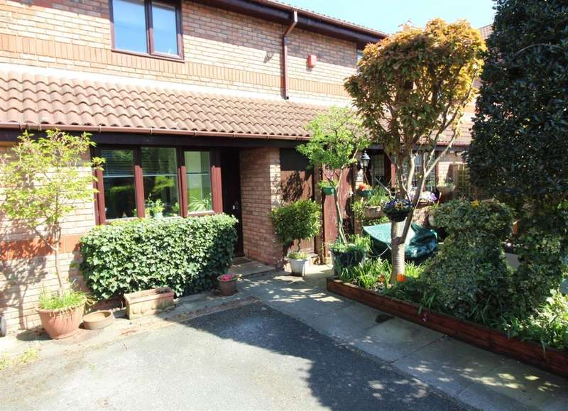 2 Bedrooms Terraced House for sale in 100A Stocks Road, Ashton-On-Ribble, Preston, Lancashire