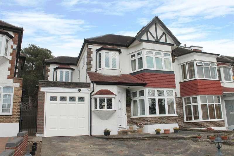 4 Bedrooms Semi Detached House for sale in Langside Crescent, Southgate, London N14