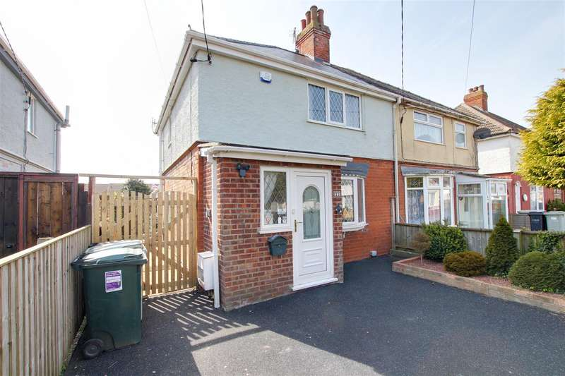 2 Bedrooms Semi Detached House for sale in The Strand, Mablethorpe