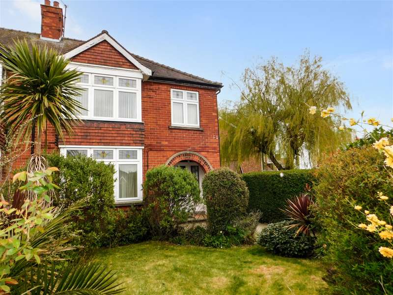 4 Bedrooms Semi Detached House for sale in Dorothy Crescent, Skegness, Lincs, PE25 2BU