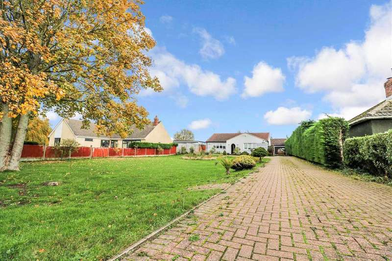 5 Bedrooms Bungalow for sale in Brant Road, Waddington, Lincoln