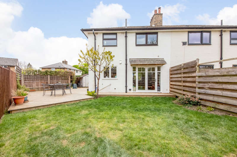 3 Bedrooms Semi Detached House for sale in Brockill Crescent, London