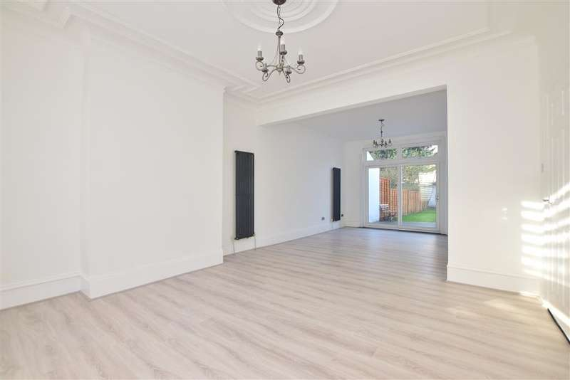 4 Bedrooms Terraced House for sale in Colchester Road, , London