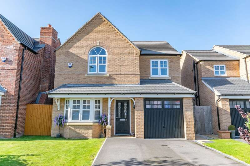 4 Bedrooms Detached House for rent in Buckley Grove, Lytham St Annes, FY8