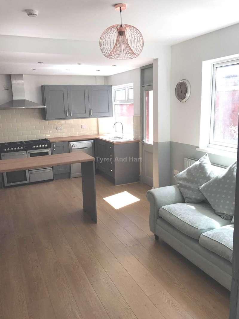 6 Bedrooms House Share for rent in Boaler Street, Kensington Fields, 6 ensuite rooms
