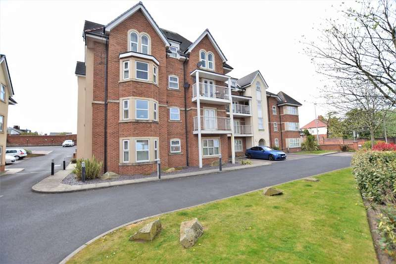 2 Bedrooms Flat for sale in Whitegate Drive, Blackpool