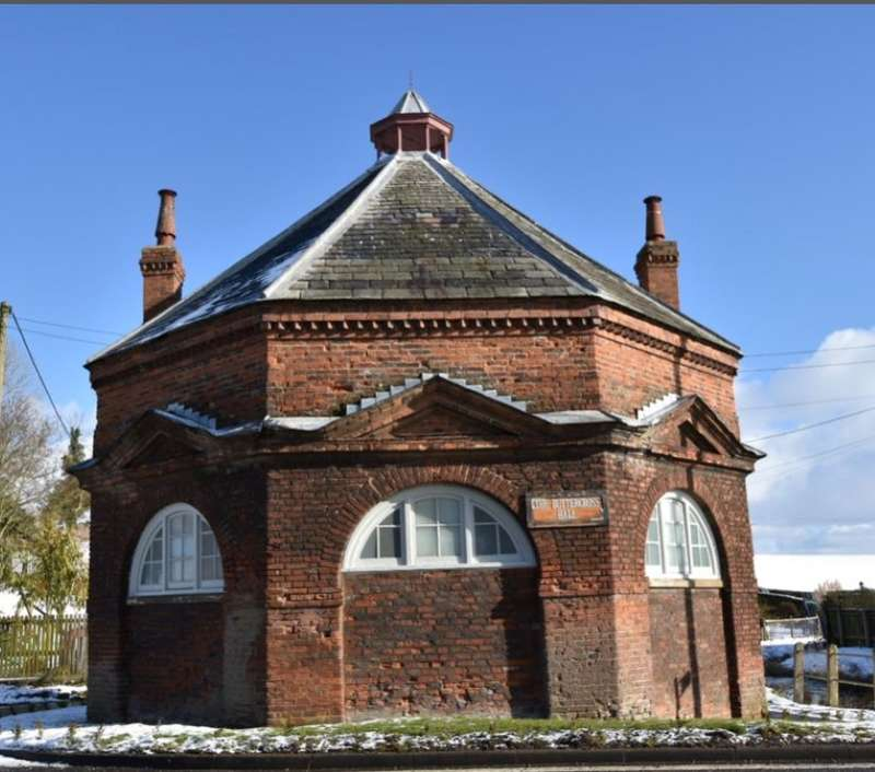 Showroom Commercial for sale in The Buttercross Hall Burwell, Louth, Lincolnshire